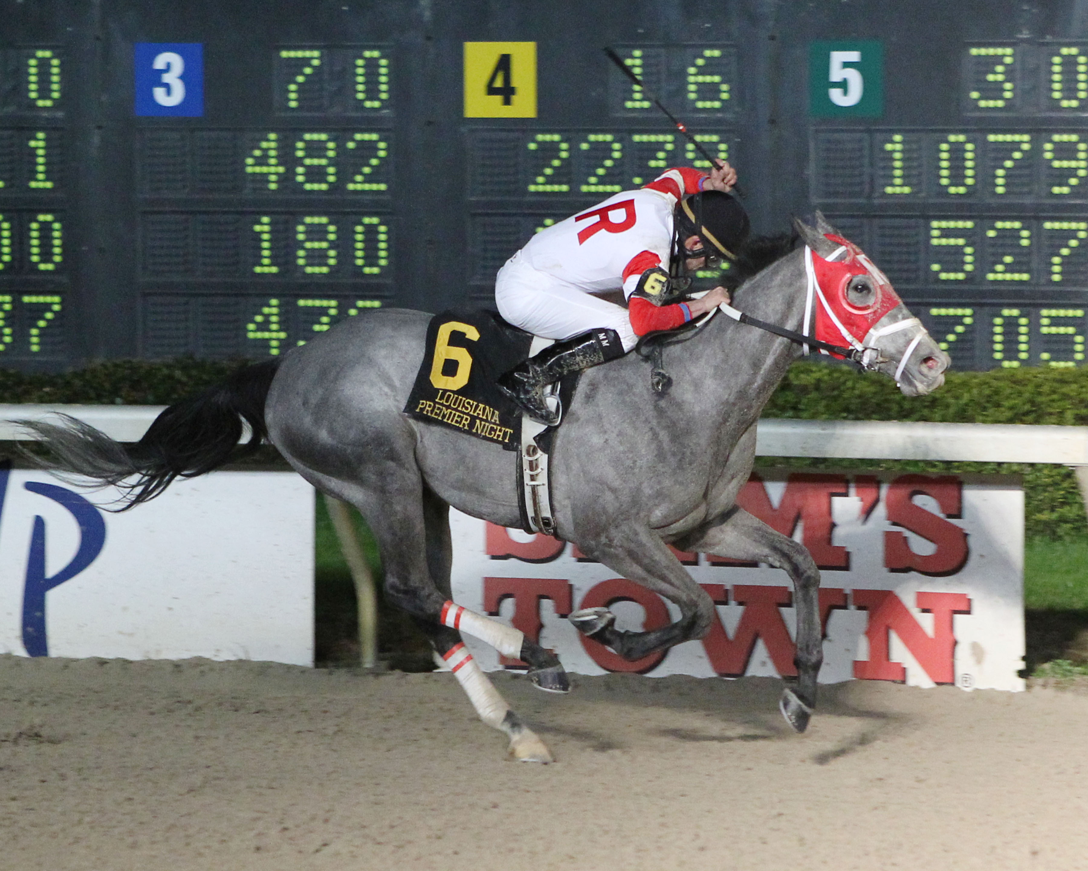 ONE KINGS MAN - The 12th Running of the LA Bred Premier Night Championship - 02-07-15 - R10 - DED fin1